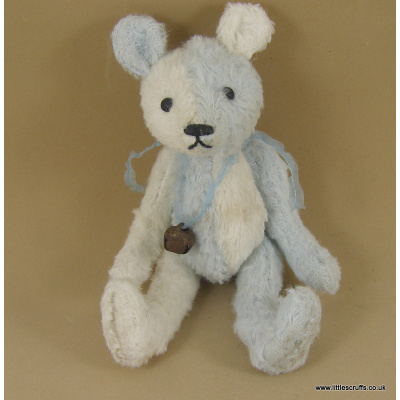 blue_and_white_bear